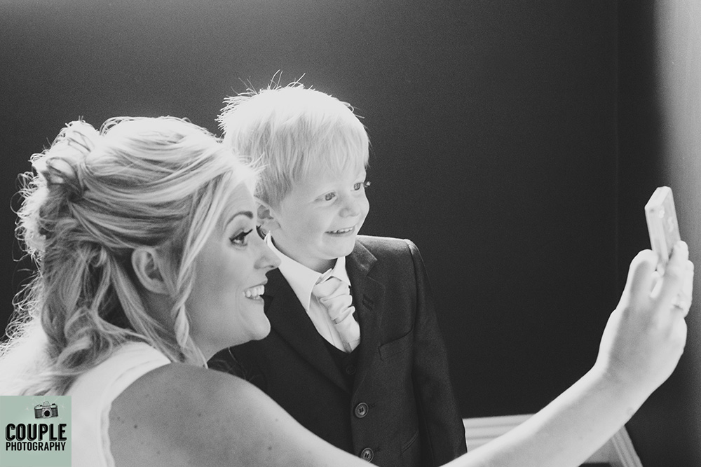 couple-photography-wedding-photography-finnstown-house002
