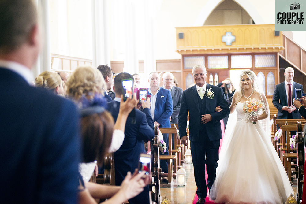 couple-photography-wedding-photography-finnstown-house011