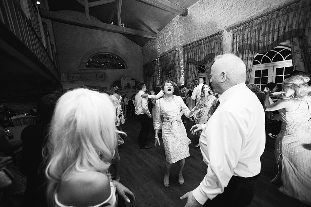 dance photos at wedding at cliff at lyons