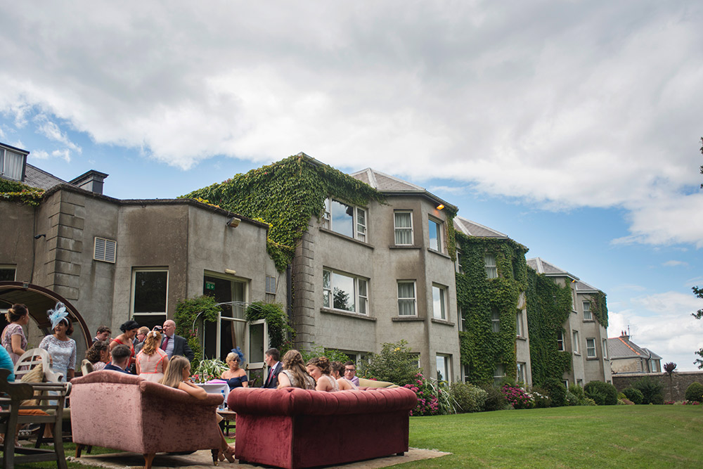outdoor couches tinakilly country house hotel wedding