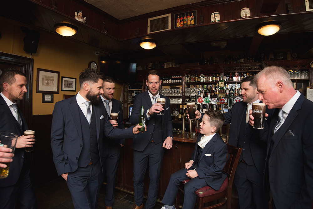wedding party at nealons pub in skerries
