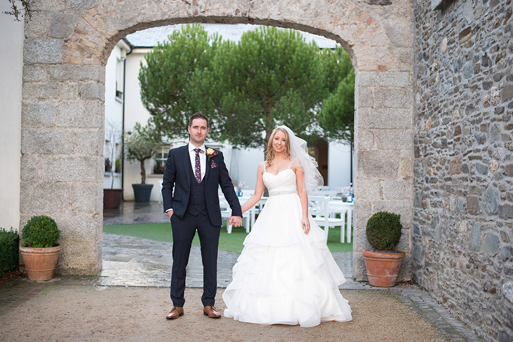 tulfarris hotel courtyard wedding