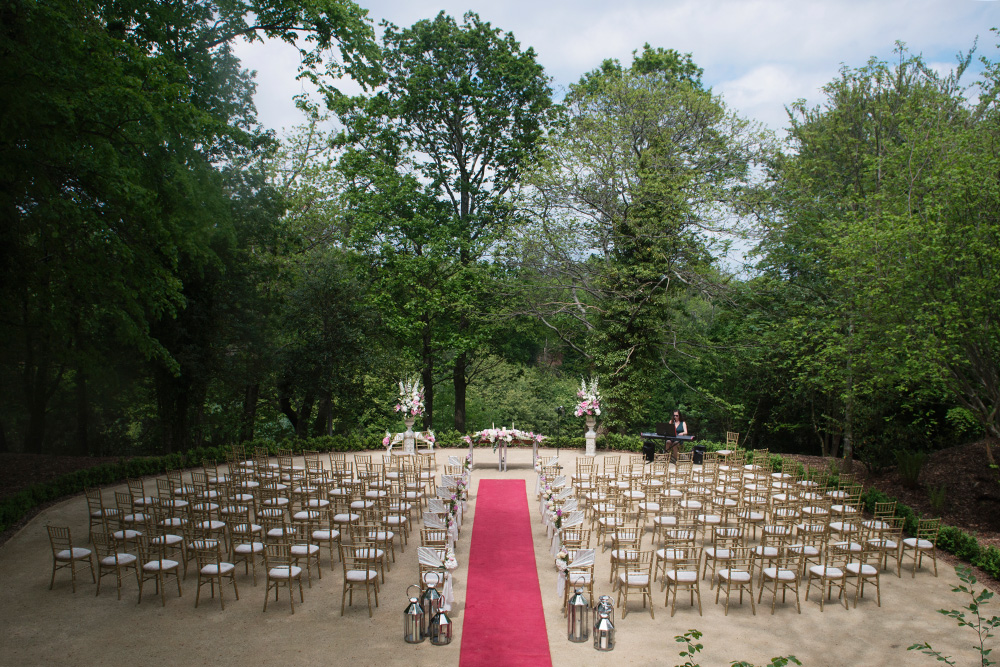 outdoor wedding ceremony at druids glen hotel