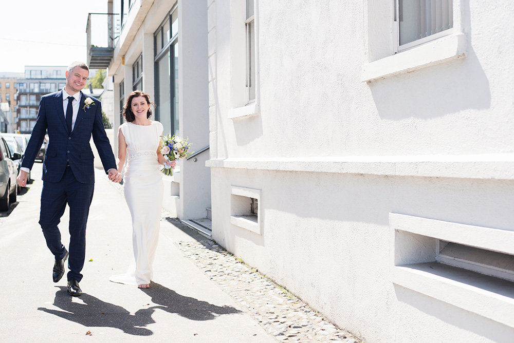 wedding pictures dun laoghaire seafront