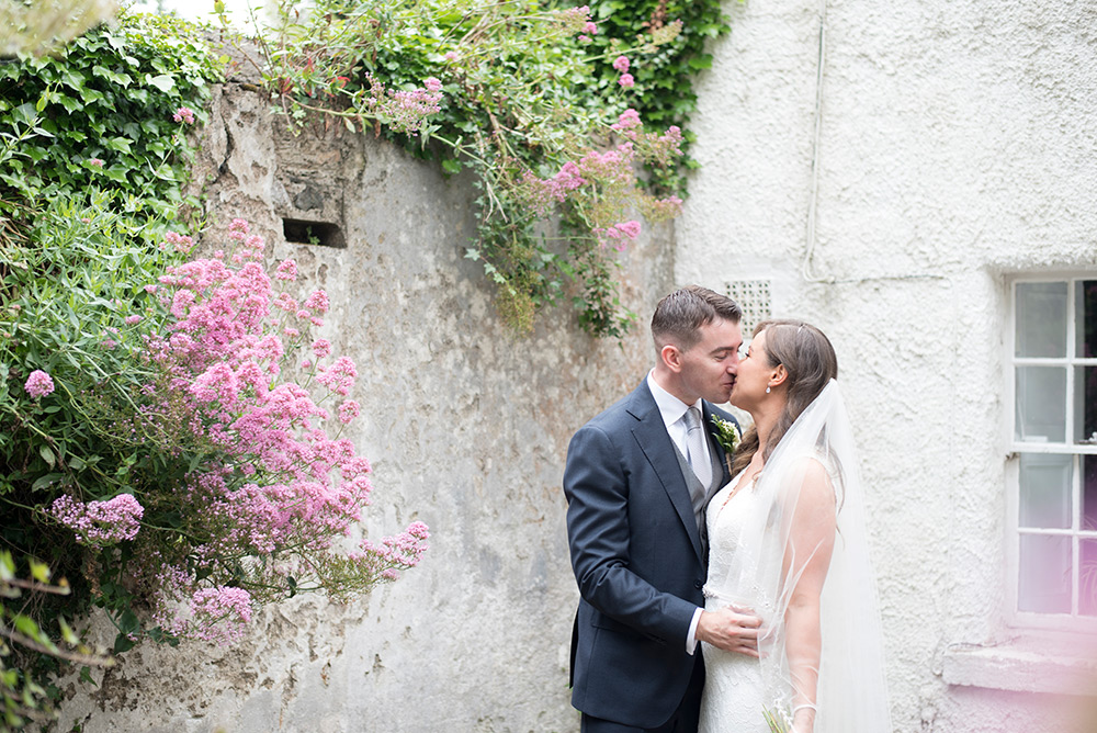 wedding couple photos in wicklow ireland