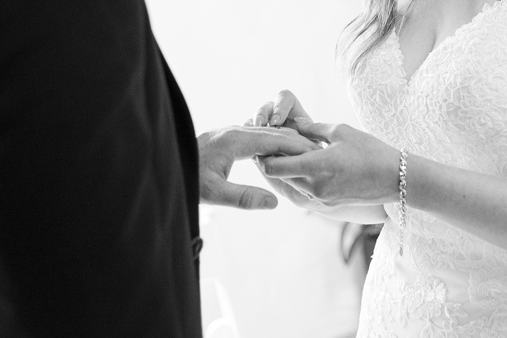 , intimate wedding ceremony at rathsallagh house, creative wedding at rathsallagh house, indoor wedding ceremony at rathsallgh house, beautiful wedding at rathsallagh house